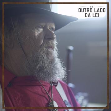DoOutroLadoDaLei-Still-4-2